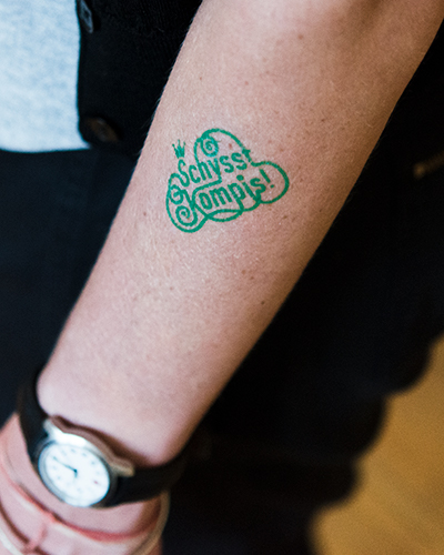 schysst kompis tatuering