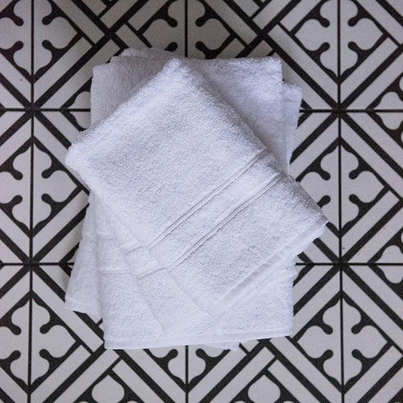 First of Regalo handdukar