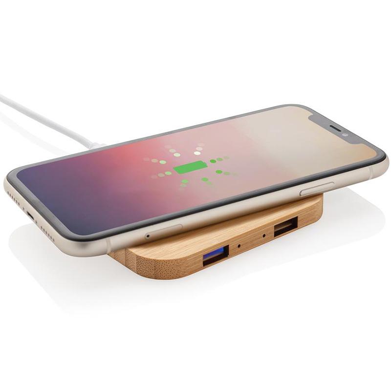 bambu tradlos laddare USB portar 2