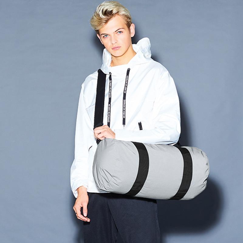 reflective barrel bag silver5