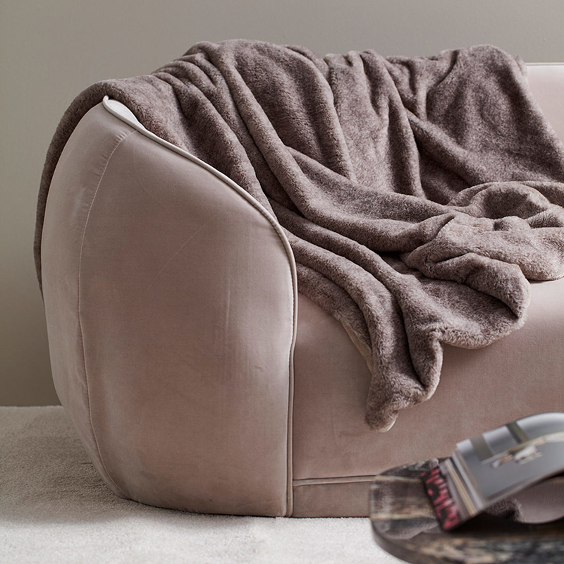 russel blanket grey 2