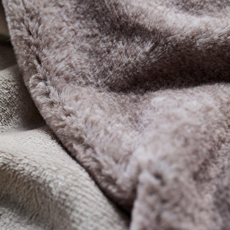 russel blanket grey 3