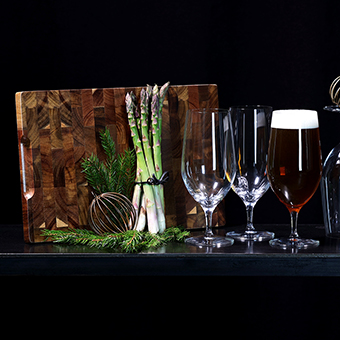 4 glas Morberg Collection & Orrefors Järnverk skärbräda