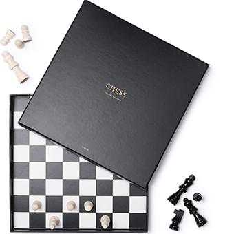 Schack coffee table spel