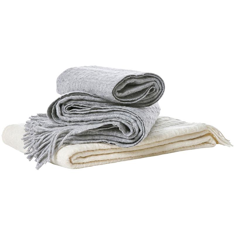 Wool throw Twist 1