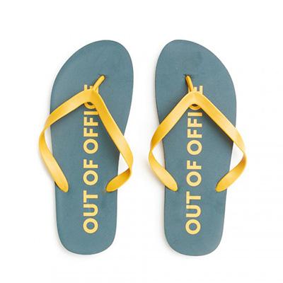 flip flops 4977